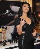 Kim Kardashian (Ким Кардашьян) - Страница 14 M2663124132473445_8